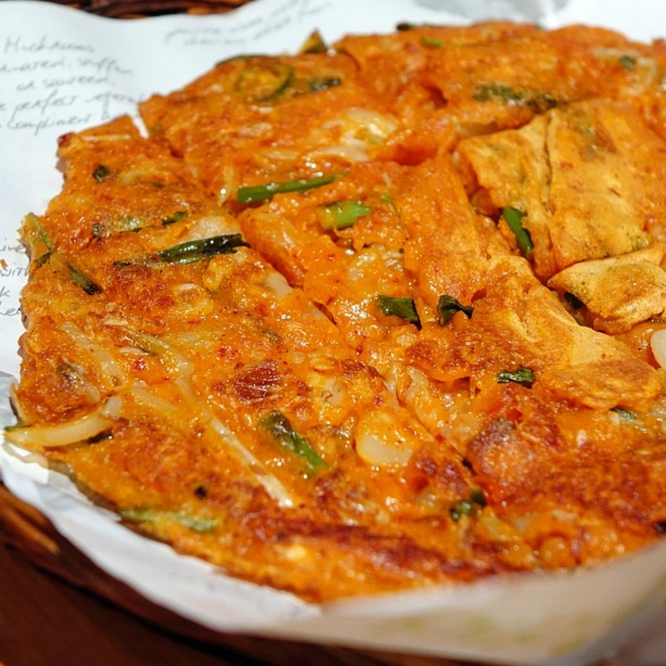 Kimchi Pancake (Kimchijeon 김치전)